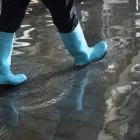UV Mutuelle remet 20 000 $ à la Croix-Rouge canadienne pour venir en aide aux victimes des inondations dans l'est du Canada